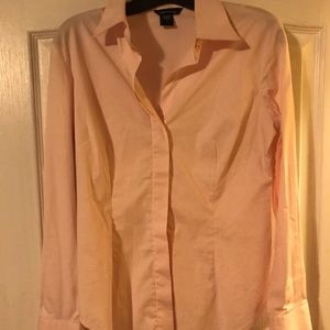 Pink long sleeves button up from Moda in size S.